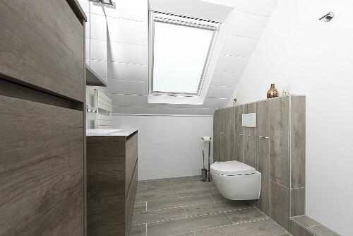 Badkamer laten verbouwen: wat zijn de kosten? | EKAP installatie service
