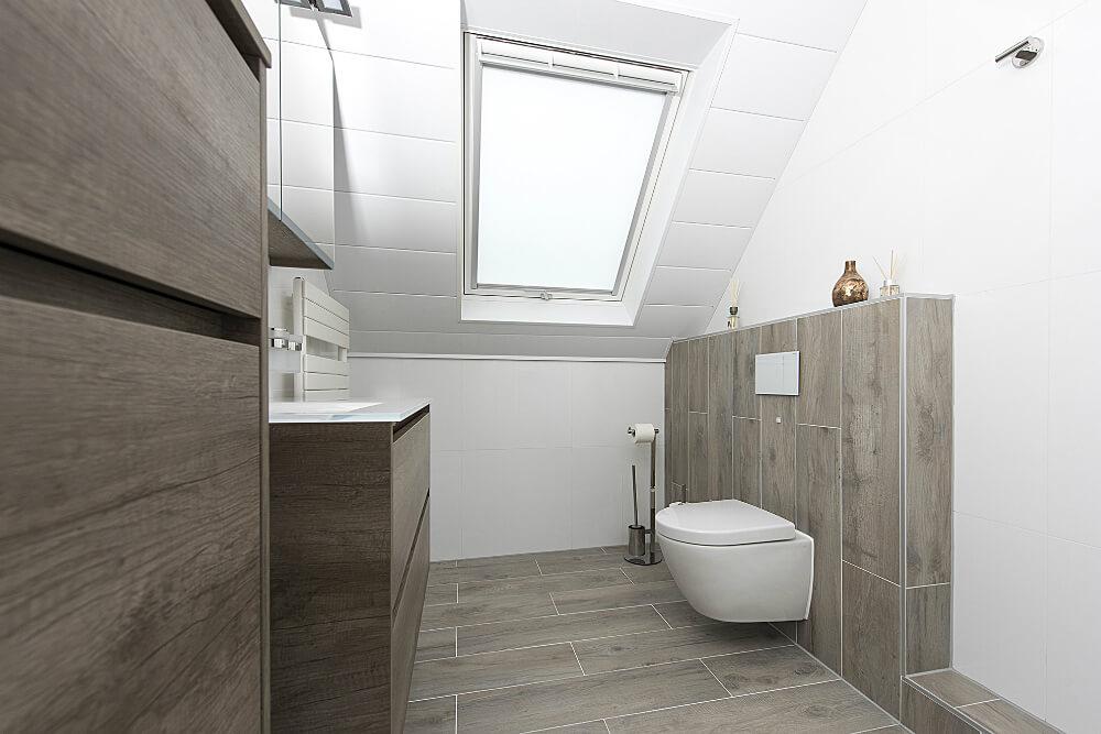badkamer-schuin dak